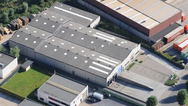 Luchtfoto kantoorgebouw AVK Belgium